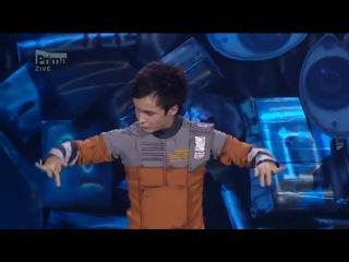 Киргизский танцор Атай Омурзаков заставил плакать жюри в Чехии.mp4